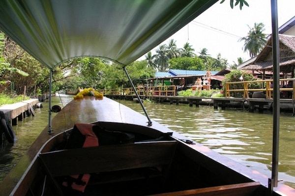 Boating & Cruises
